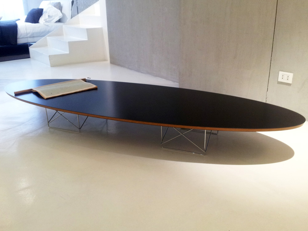 01_vitra_tavolino_elliptical_table_outlet_perego_arredamenti_lissone__1480339562_619.jpg